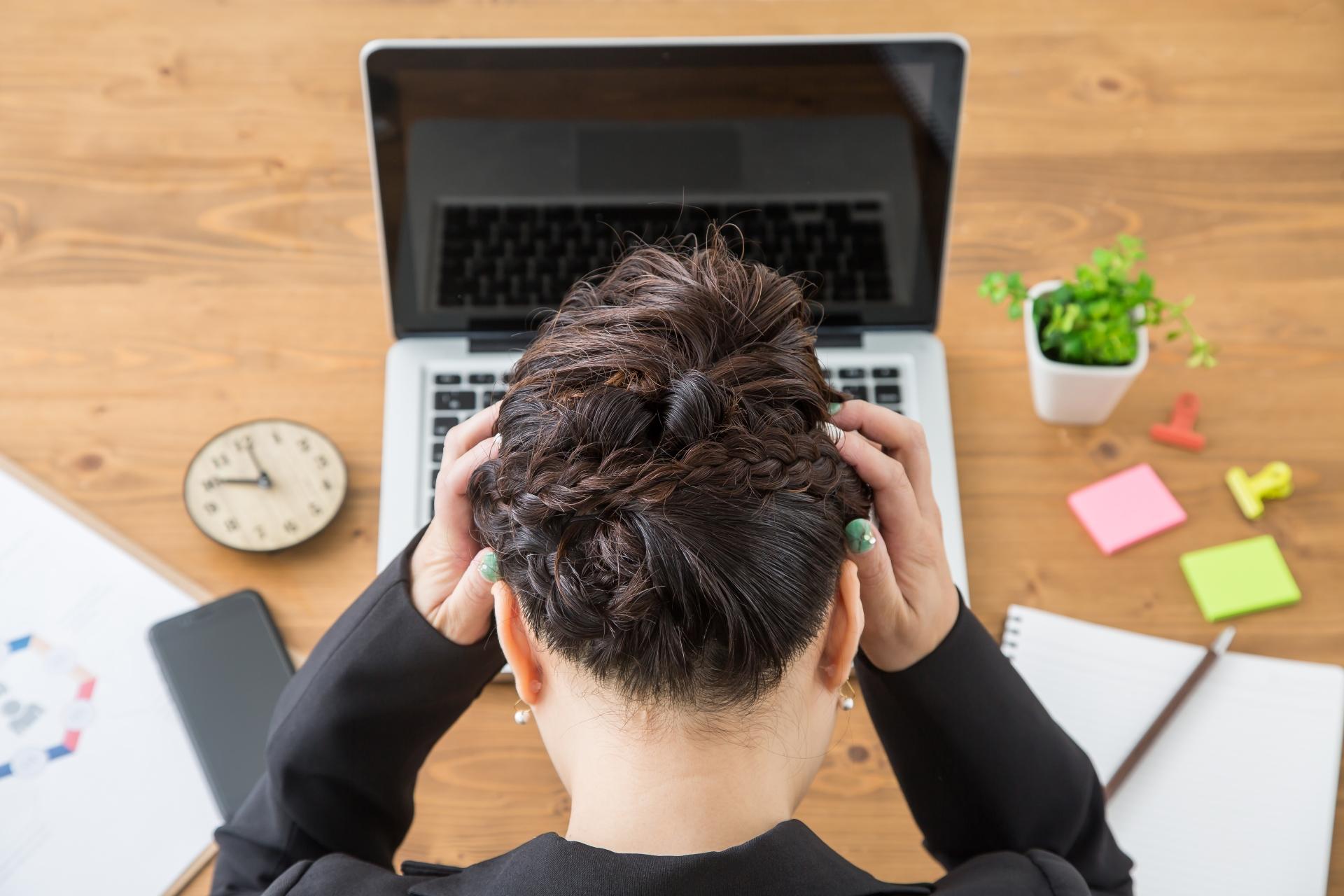 アルバイト・従業員の 不適切動画 投稿 を 防止 するために、動画教育が効果的な理由